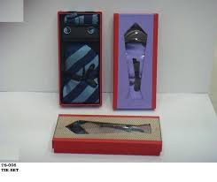 gift to india corporate gifts for men in india