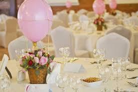 centre table mariage centre de table mariage des montgolfières invitent au à des