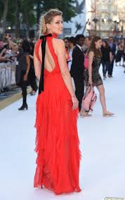 amber heard stuns in flowing red dress at u0027magic mike xxl