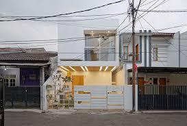 small modern house with split level interior design idea on 6