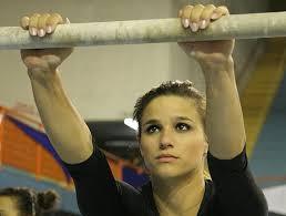 Ginástica acrobática: benefícios, saiba mais