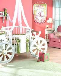 décoration chambre bébé fille pas cher lit carrosse fille lit carrosse pas cher lit carrosse pas cher