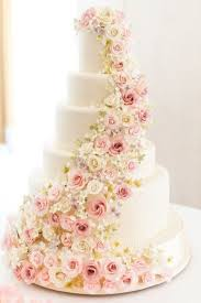 wedding cake flower the 25 prettiest floral wedding cakes you ve seen floral