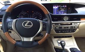 lexus hybrid 2014 review 2014 lexus es 300h combines modest luxury with hybrid