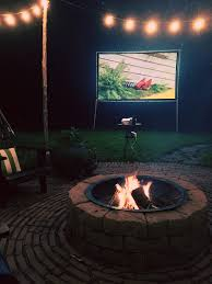 Outdoor Fireplaces And Fire Pits That Light Up The Night Diy Outdoor Movie Night At The Country Cottage Brooklyn Limestone