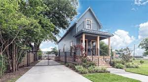 Waco Home Show Fixer Upper U0027 Shotgun House For Sale For A Sky High Price Realtor