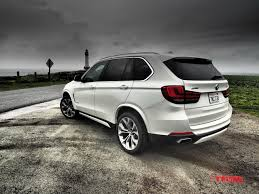 bmw jeep white 2016 range rover sport td6 vs 2016 bmw x5 40e luxury eco suv