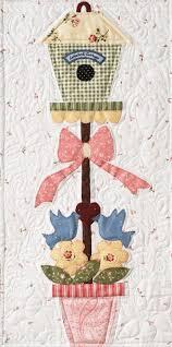 birdhouse quilt pattern 137 best bird and birdhouse quilts images on pinterest appliques