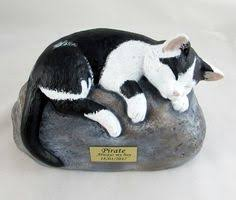 cat cremation ceramic engraved painted cat cremation urn with plastic name plate