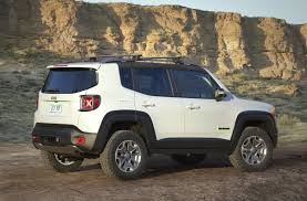 commander jeep 2016 the jeep renegade commander concept has production potential 2016