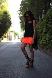 neon skirt sazan