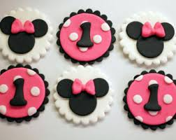 Mickey And Minnie Mouse Edible Fondant Cupcake Toppers Fondant