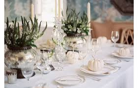 one kings lane table 14 gorgeous holiday table settings our style blog one kings lane