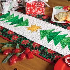 make christmas table runner pines easy christmas quilted table runner pattern