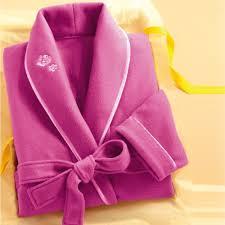 robe de chambre femme moderne en cadeau la robe de chambre polaire douceline acheter cadeau