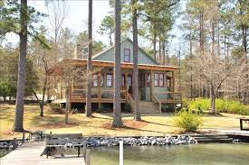 Eclectic Vacation Rental VRBO 4 BR Lake Martin House in