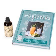 bitters kit sur la table bitters cocktail mixer sets