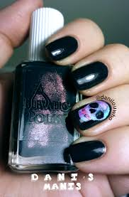 nailove2807 disney themed halloween nails mickey minnie 268 best 100 halloween art nails all patched up halloween nail art