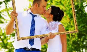 Wedding Photo Booth Ideas 3 Fun Ideas For Setting Up A Wedding Photobooth Smart Tips