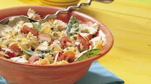 creamy pasta salad recipe creamy parmesan pasta salad recipe bettycrocker com