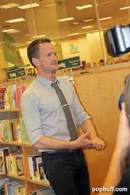 Barnes And Noble Los Angeles Neil Patrick Harris Book Signing At Barnes And Noble The Grove Los