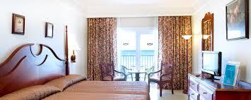 Riu Montego Bay Jamaica Hotels Signature Vacations - Riu montego bay family room