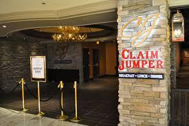 first look at claim jumper u0026 cadillac bar at golden nugget eater