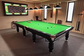 full size snooker table london flat the size of a snooker table overlooking harrods daily