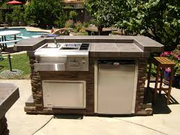 Bull Outdoor Kitchen Modern Space Saving Outdoor Kitchen Island Grill And Bar Design