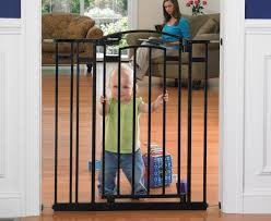 Compression Baby Gate Catch Com Au The First Years Extra Tall U0026 Wide Gate Black