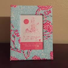 sorority picture frame lilly pulitzer other lilly pulitzer sorority pi phi picture