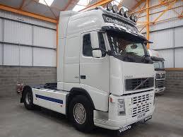 volvo truck 2004 volvo fh12 globetrotter xl 4 x 2 tractor unit 2004 hx54 vmp