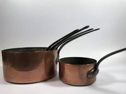 vente aux encheres cuisine batterie de cuisine en cuivre hôtel des ventes aux enchères de