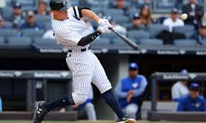 Aaron Judge Breaks Joe Dimaggio S Yankees Rookie Home Run Record - aaron judge blasted this monster home run to tie mickey mantle