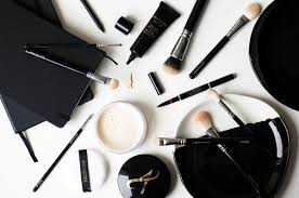 Artistry Makeup Prices 3 Makeup Bits 3 Reasons To Use Each Ajdas