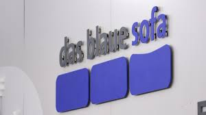 das blaue sofa das blaue sofa in berlin zwei goncourt preisträgerinnen und ein