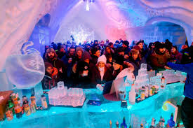 Hotel De Glace Canada by 16 Canadian Places That Come Alive In The Winter Matador Network