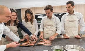 cours cuisine alain ducasse ecole de cuisine alain ducasse a vos ustensiles is