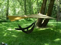Hanging Hammocks Bushcraft Usa 10 10 Tarp Set Ups And One Tree Hammock Hanging