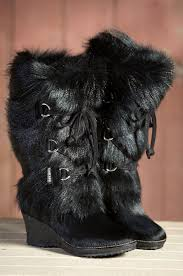 s boots with fur 33 best boots with the fur images on shoes boots and