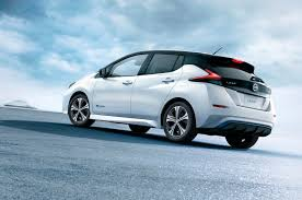 nissan leaf uk review new nissan leaf to cost 26 490 at launch autocar