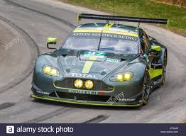 aston martin vantage 2017 2017 aston martin vantage gte le mans endurance racer with driver