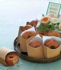 edible wedding favor ideas 15 creative edible wedding favor ideas midnight snacks favors