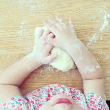 cuisiner avec ses enfants conseils pour cuisiner avec ses enfants tout en s amusant guide