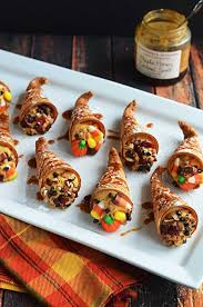 pumpkin pie cornucopia cannoli host the toast