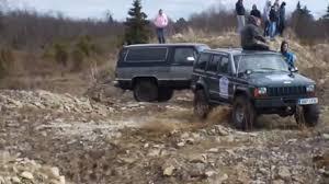 toy jeep cherokee jeep cherokee vs chevrolet k5 blazer video dailymotion