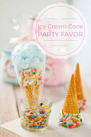 Favor Cones by Cotton Cone Favors Pink Cake Plate