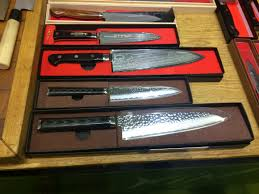 kin knives