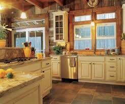 cabin homes interior paint colors for log homes best 25 cabin interiors ideas