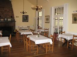 Rustic Dining Room Decorating Ideas by 223 Best Dining Room Images On Pinterest Pink Dining Rooms